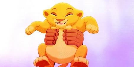 Анимация Маленький львенок Симба / Simba смотрит на свое будущее королевство, из мультфильма Король Лев / The Lion King