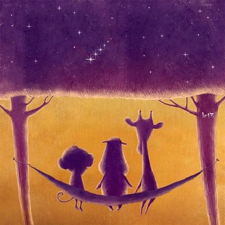 Анимация Бегемотик, обезьянка и жираф сидят в гамаке, привязанном между двух деревьев, листва которых представляет собой ночное звездное небо