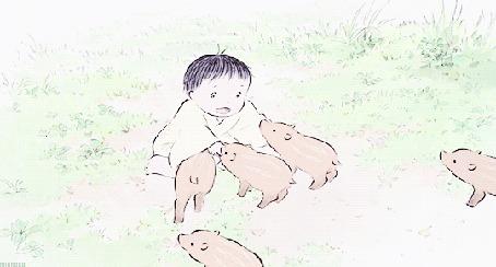 Анимация Малышка играет с поросятами