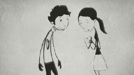 Анимация Девочка заполняет пустоту в сердце парня и целует его в щеку