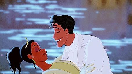 Анимация На берегу тихого озера влюбленная пара нежно целуется, мультфильм Принцесса и лягушка