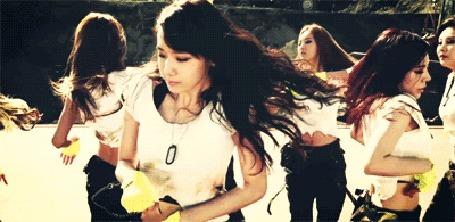 Анимация Девушки из южнокорейской группы Girls' Generation / SNSD. Кадры из клипа Catch Me If You Can