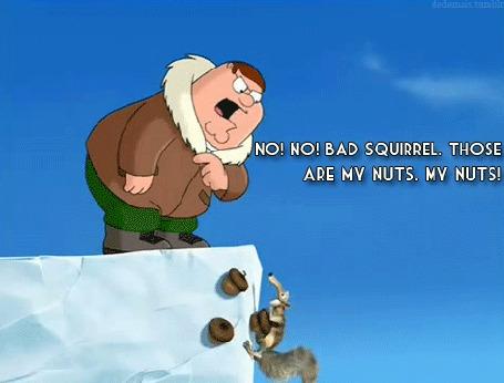 Анимация Питер Гриффин - Скрату: Нет! Нет! Плохая белка. Это мои орехи. Мои орехи! (No! No! Bad squirrel. Those are my nuts. My nuts!) Мультсериал Гриффины и мультфильм Ледниковый период (© Биянка), добавлено: 27.06.2016 21:47