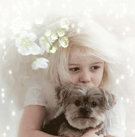 Анимация Девочка с щенком под весенней веткой