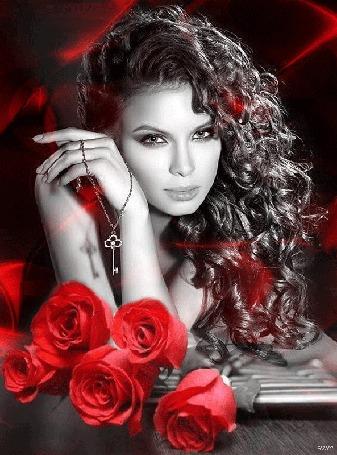 Анимация Девушка с темными длинными кудрявыми волосами держит ключик в руке, облокотясь на столик, на котором лежат красные розы