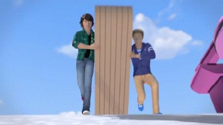 Анимация Ryan и Ken не поделили сани тобогган, весело скатились с горы, из мультика Barbie - The Amaze Chase