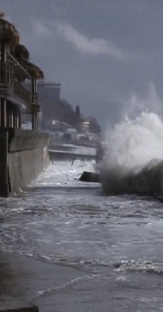 Анимация Сочи шторм. Гигантские волны