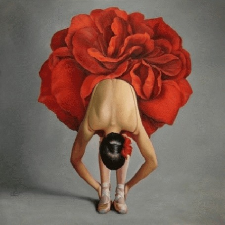Анимация Балерина в красной пачке в виде розы