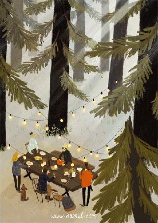Анимация Люди в лесу стоят за праздничным столом, рядом с девушкой сидит пес и виляет хвостом