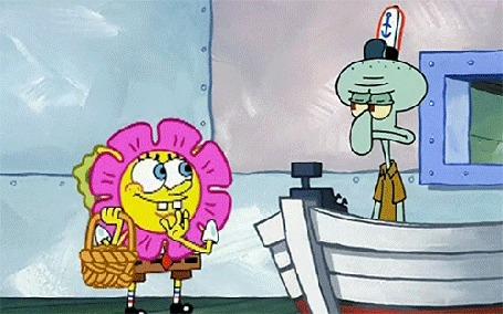 Анимация SpongeBob / Губка Боб осыпает Squidward / Сквидварда лепестками из корзины, мультсериал SpongeBob SquarePants / Спанч Боб квадратные штаны
