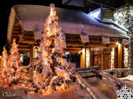 Анимация Сказочный зимний вечерний пейзаж