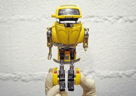 Анимация Робот, трансформирующийся в машинку