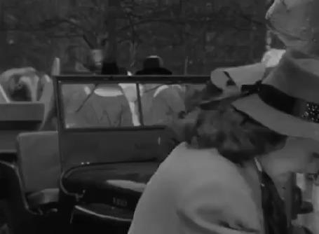 Анимация Maureen OHara / Морин О'Хара в фильме Miracle on 34th Street / Чудо на 34-й улице