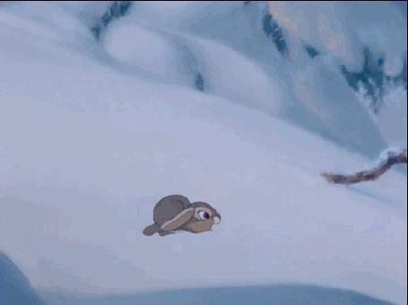 Анимация Кролик съезжает с горки