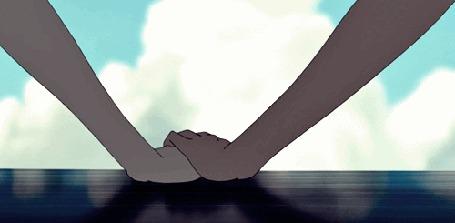 Анимация Руки прикасаются друг к другу