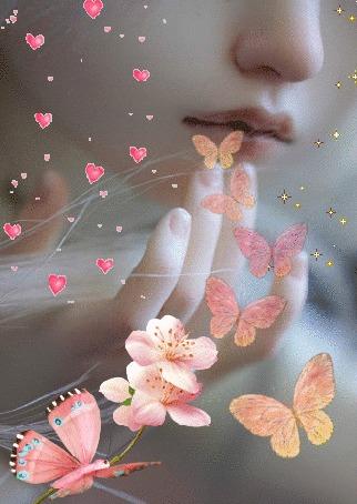 Анимация Девушка с бабочками и летящими сердечками