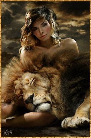 Анимация Девушка со львом на фоне облачного неба
