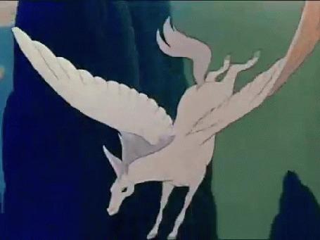 Анимация Белый летящий пегас