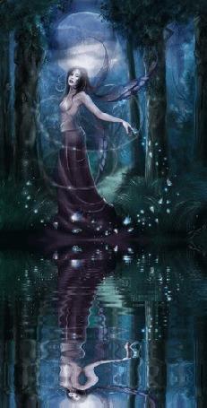 Анимация Девушка лесная фея у воды на фоне ночного пейзажа