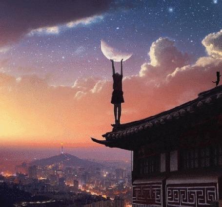 Анимация Девочка стоит на крыше, подняв руки к луне