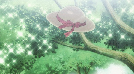Анимация Парень снимает шляпу с ветки и отдает девочке