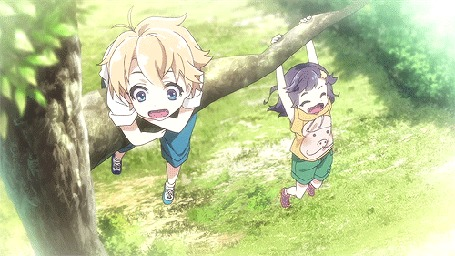 Анимация Чика и Харута качаются на ветке дерева, кадры из аниме ХаруЧика: Юность Харуты и Чики / HaruChika: Haruta to Chika wa Seishun suru