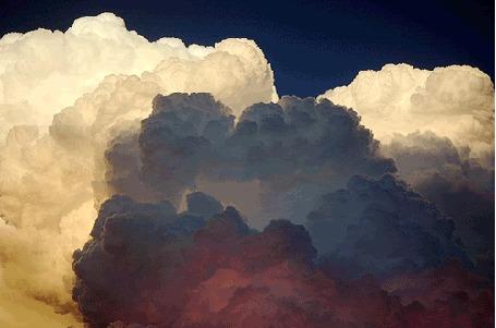 Анимация Облака во время грозы