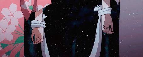 Анимация Руки парня и девушки связаны между собой. Аниме: В лесу мерцания светлячков