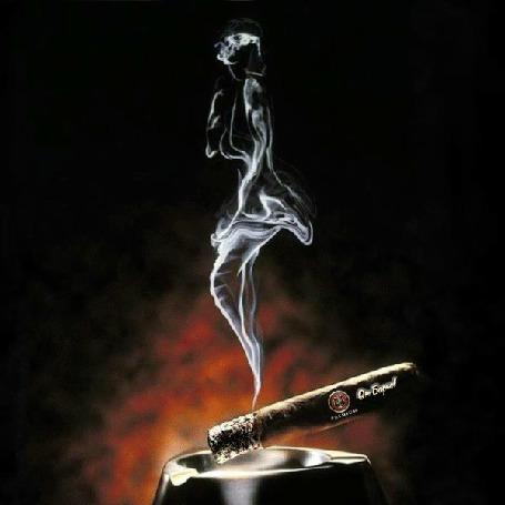 Анимация Абстракция сигарного дыма в виде девушки
