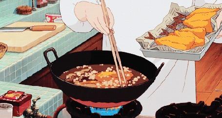 Анимация Повар обжаривает на сковороде рыбу в кляре
