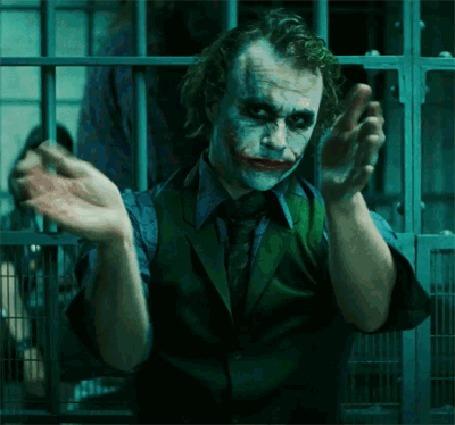 Анимация Джокер / Joker хлопает в ладоши, момент из фильма Темный рыцарь / The Dark Knight