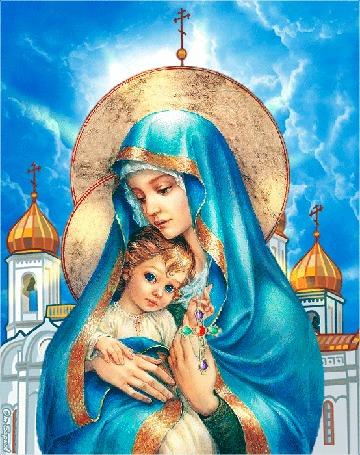 Анимация Мадонна с младенцем и покачивающимся на шее крестом, на фоне церкви и ясного неба