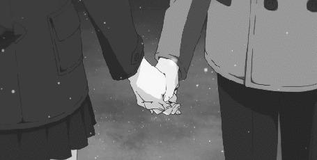 Анимация Двое школьников идут, держась за руки, под падающим снегом