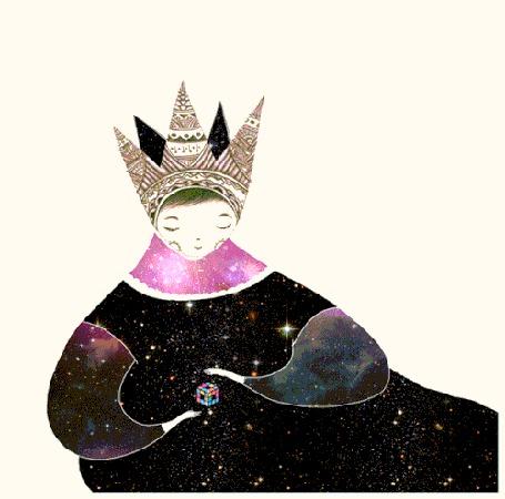 Анимация Девушка с кубиком Рубика между руками в короне и одежде, с изображением на ней космоса