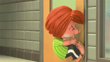 Анимация Мальчик пытается открыть дверь, а другой спокойно в нее заходит, by Charley Brown
