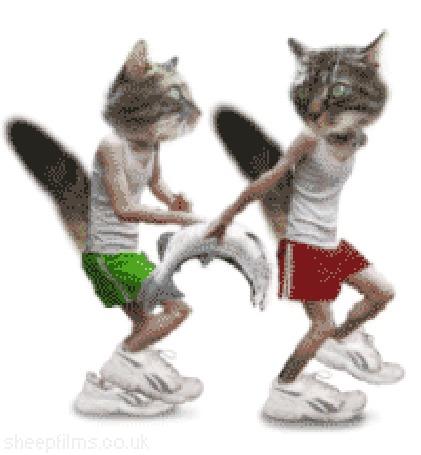 Анимация Люди-кошки бегут и передают рыбу друг другу