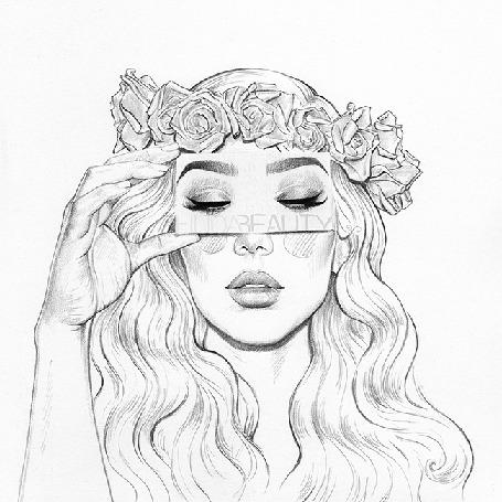 Анимация Девушка в венке на голове водит глазами