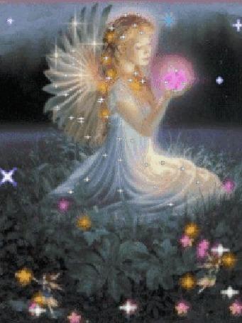 Анимация Девочка - ангел с магическим шаром сидит на поляне среди цветов