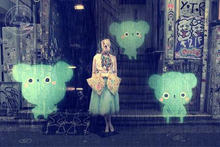 Анимация Маленькие мишки сидят на ступеньках под дождем, окружив девушку, by yoyothericecorpse