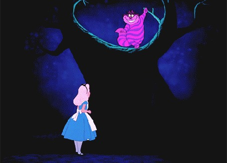 Анимация Алиса стоит перед деревом, в котором чеширский кот открывает тайную дверь, Alice In Wonderland / Алиса в стране чудес