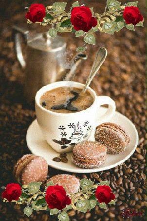 Анимация Чашка горячего кофе на блюдце с печеньем
