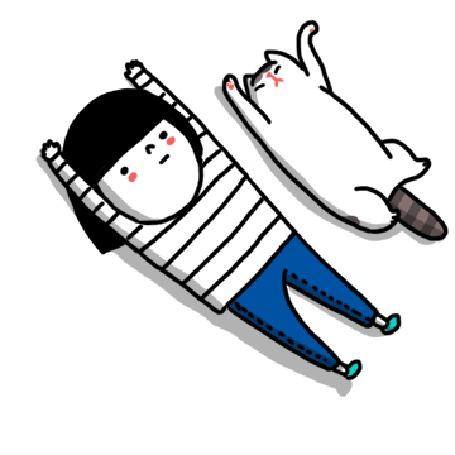 Анимация Девочка и кот катаются колбаской