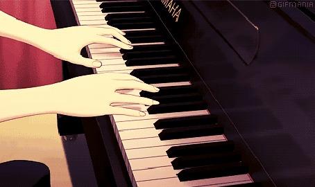 Анимация Девушка играет на фортепиано