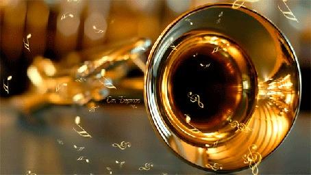 Конкурсная работа Из музыкальной трубы лежащей на рояле вылетают ноты