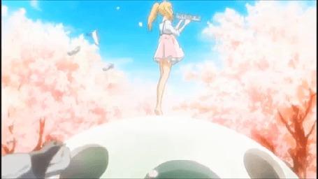 Анимация Каори Миязоно / Kaori Miyazono из аниме Твоя апрельская ложь / Shigatsu wa Kimi no Uso играет на музыкальном интсрументе на фоне неба