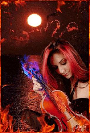 Анимация Девушка со скрипкой в руках