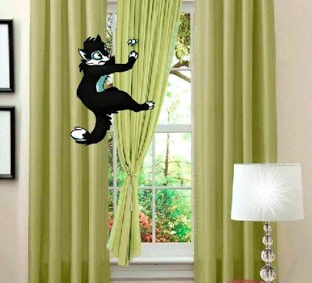 Анимация Кот качается на шторе
